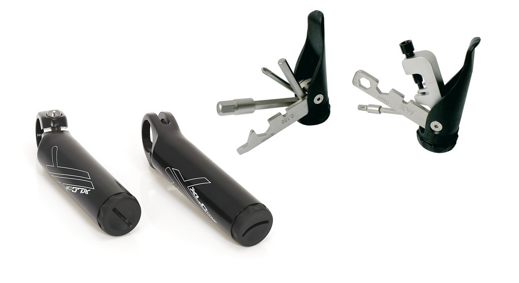 Comp bar ends with integrated multitool BE-A11